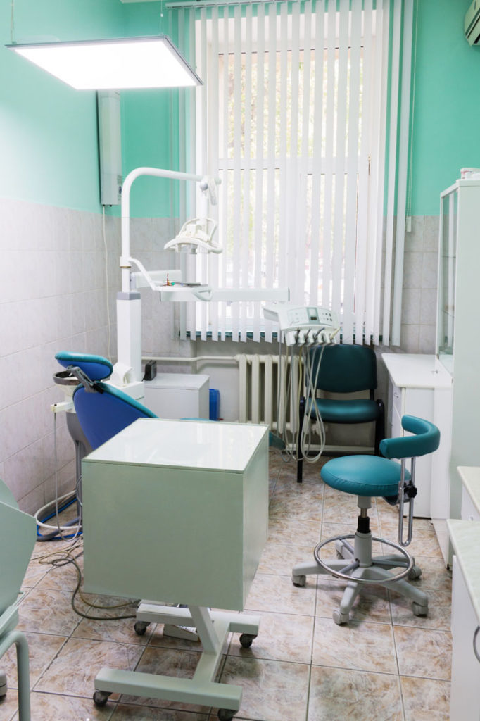 услуги стоматологии Светлана