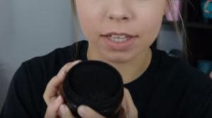 черный зубной порошок с углем